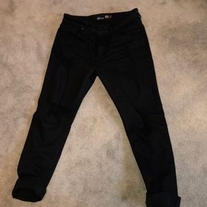 TILLY'S BLACK RIPPED JEANS